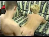 Amateur couple enjoys hot penetration