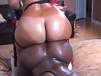 Ebony dykes fucking with strapon