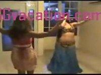 Hot sexy queens dancing