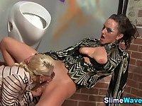 Fetish lesbos get slimed