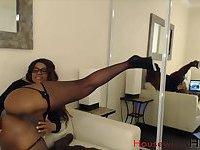 Naked ebony wet pussy webcam show