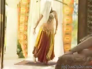Arabian Princess Rides White Cock